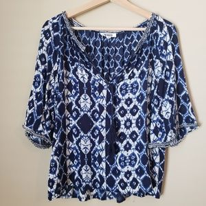 BB Dakota Ragan Tassel Neck Printed Top Small